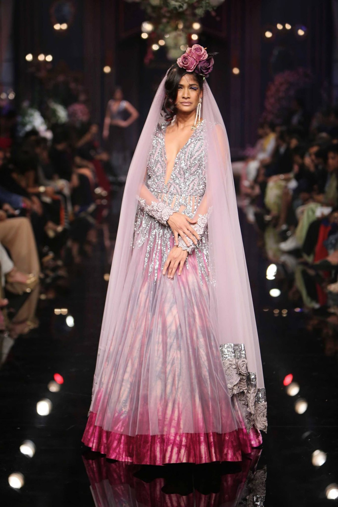 Manish malhotra fashion week 40