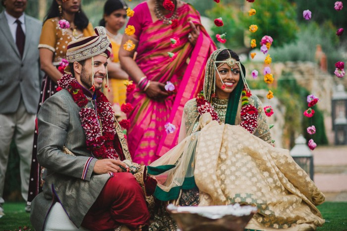 This Five Day Fusion Wedding Blends Shilpa S South Indian Culture And Her Husband Equiar Spanish Talk About Dance Fun Festivities