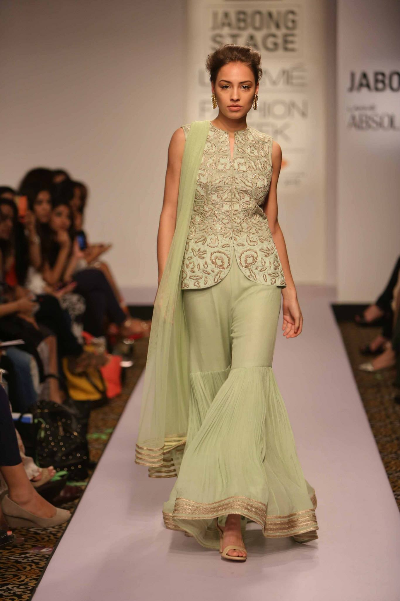 Wedding guest fashion inspiration from lakme amazon for Indian wedding dresses for guests