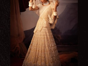 Tarun Tahiliani's India by the Nile Ready to Wear Collection 2019